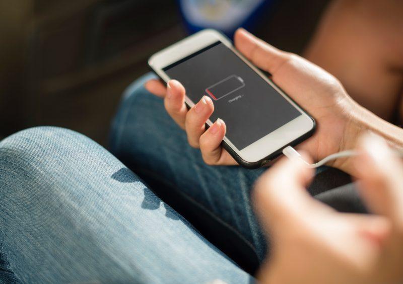 contrefaçon des smartphones coute-cher